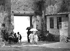 Μια απ΄τις πύλες των κάστρων στις αρχές του 20ου αιώνα. Thessaloniki, Byzantine Architecture, Macedonia, Crete, Old Photos, Egyptian, Istanbul, The Past, Island