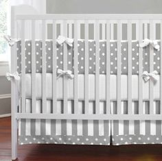 Lip Stick and Lollipops: DIY Crib Skirt Cute for either boy or girl. Change out the color of the sheets!