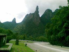 MONTANHA DEDO DE DEUS   ( GOD'S FINGER MOUNTAIN )  CIDADE : TERESÓPOLIS  ESTADO : RIO DE JANEIRO  BRASIL