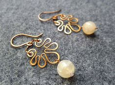 Copper earring- copper wire buterfly with agate - copper jewelry - wire jewelry