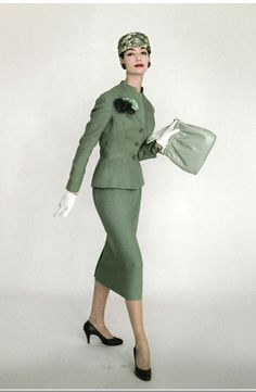 Simone D'Aillencourt, 1956    Photo by Vernier