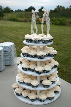 diy cupcake tower with homemade cake toppper
