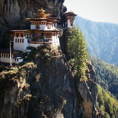 Stamp #631 - Bhutan : Hike to Tiger's Nest   Tiger's Nest is the most iconic building in Bhutan with 12 temples considered to be the most sacred in the country. It's not the easiest to get to--a steep hike up and hundreds of stairs brings you to the complex. But it's well worth the effort!! Thank you @boundlessjourneys for leaving your #ShareYourStamp!!  For more awesome #travel and #wanderlust tips and #adventure download the Stamp Travel #App Today. The link is in our bio…