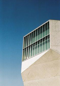 Casa da Música by holographiclandscapes, via Flickr