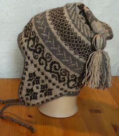 Double Knitting Patterns, Fair Isle Knitting Patterns, Knitting Designs, Knit Patterns, Knitting Projects, Knitting Socks, Free Knitting, Knitted Hats, Crochet Winter