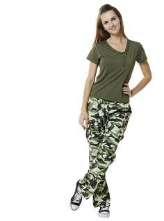 black camo pants for women Black Camo Pants, Office Fashion, Cargo Pants, Safari Fashion, Pants For Women, Pajama Pants, Fitness, Shirt, Clothes
