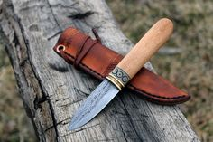 Hand forged knives, and tools Knives And Tools, Knives And Swords, Hand Forged Knife, Neck Knife, Bushcraft Knives, Knife Handles, Fixed Blade Knife, Survival Knife, Knife Making