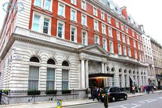 #LondonEditionHotel in our #TravelBlog Edition Hotel, Street View, London, Life