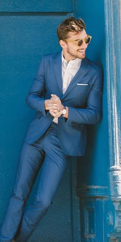 Nice colored suit | Men's Fashion | Menswear | Men's Outfit for Spring/Summer | Moda Masculina | Shop at designerclothingfans.com