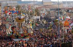 Carnival of Viareggio | on February 6, 2005 in Viareggio, Italy. The Viareggio Carnival ...