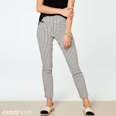 Your dream pants,Lisette L Pants flatten and flatter. Wrinkle-free fabrics with genius construction Flatter Stomach, Rose Embroidery, Marine Blue, Ankle Pants, Paisley Print, Stripe Print, Fashion Pants, Black Pants, Blue Denim