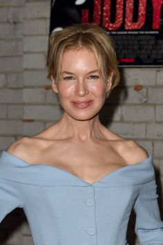 Renée Zellweger Opted for Her Favorite Silhouette at the Toronto International Film Festival Premiere of Judy Celebrity Bodies, Celebrity Couples, Celebrity Style, Female Actresses, Actors & Actresses, Red Hair Blue Eyes, Oscar Gowns, Loose Updo, Clothes