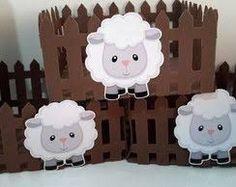 Resultado de imagen para centro de mesa fazendinha Sheriff Callie Birthday, Eid Crafts, Baby Sheep, Popsicle Crafts, Shaun The Sheep, Baby Lamb, Animal Crafts For Kids, Baptism Party, Happy Eid