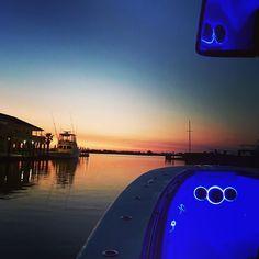 It don't get much better than this #teamhammerdown #teamseahunter #seahunter37 #yamaha #texasoffshore #sunrise #wetsounds #wetlife #bridgeharboryachtclub #3rdcoastfishing #offshorelife by teamhammerdown