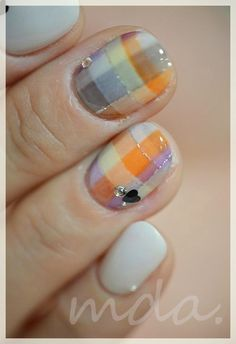 love the plaid...but i would paint my entire hand with the plaid not just 2 fingers.