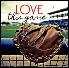 Softball and baseball! Braves Baseball, Cardinals Baseball, Baseball Season, St Louis Cardinals, Baseball Stuff, Baseball Live, Softball Stuff, Softball Things, Baseball Girlfriend