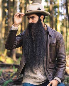 That beard is drivin me crazy - Modern Beard Boy, Beard Gang, Beard No Mustache, Moustache, Crazy Beard, Epic Beard, Full Beard, Grey Beards, Long Beards