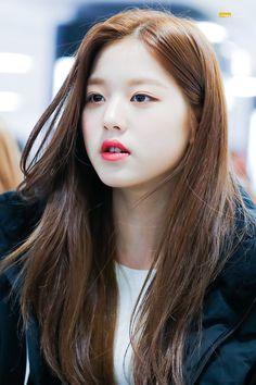Kpop Girl Groups, Kpop Girls, Jang Wooyoung, Best Kpop, Woo Young, Cute Korean Girl, Japanese Girl Group, Beautiful Babies, Yuri