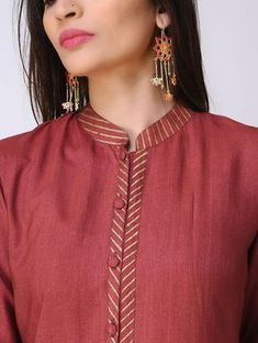 Maroon Cotton Tussar Kurta with Block-printed Details Salwar Neck Designs, Neck Designs For Suits, Kurta Neck Design, Neckline Designs, Kurta Designs Women, Dress Neck Designs, Blouse Designs, New Kurti, Latest Kurti