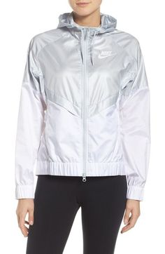Nike  Windrunner  Hooded Windbreaker Jacket  6d60b7431