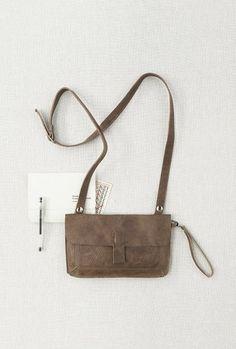 Schoudertas/Clutch Monkey Tree met verstelbare schouderband | small bags | kleine tas | dames tas | mode accessoires | womens fashion accessories | Keecie.nl