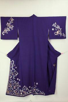 Navy Purple Houmongi, Western Flower Pattern