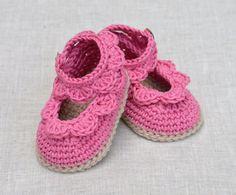 CROCHET PATTERN Baby Sandals with Scallops Easy por matildasmeadow