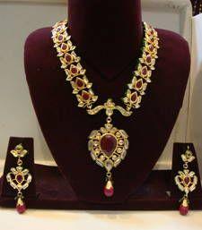 Design no. 8 b.901....Rs. 11000 necklace-set @ www.mirraw.com