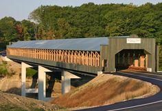 Smolen-Gulf Covered Bridge, Ashtabula, Ohio (Courtesy of Ashtabula County Convention & Visitors Bureau)