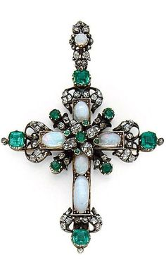 Emerald, opal, diamond, silver and gold cross pendant. Cross Jewelry, Gemstone Jewelry, Jewelry Necklaces, Jewellery, Victorian Jewelry, Antique Jewelry, Vintage Jewelry, Jewelry Accessories, Jewelry Design