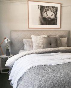 The Best Modern Home Office Design Elements Gray Bedroom, Home Bedroom, Master Bedroom, Bedroom Decor, Grey Bedding, Luxury Bedding, Bedding Sets, Apartment Decoration, Home Office Design