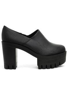 c9f82eace74f4 Black Vintage Platform Slip-On Boots