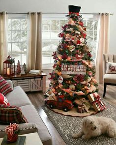 christmas tree idea red truck burlap ribbon colored lights rustic country - Country Themed Christmas Tree Decorations