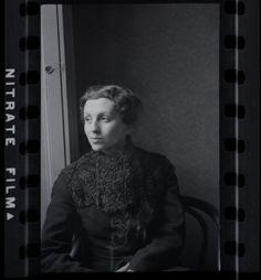 Gerda Taro. Photo by Fred Stein