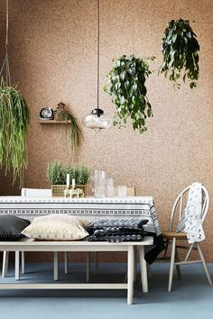 Cork Board Ideas - Imaginative wall surface ideas, such as a cork board wall/ cork wall panels, or a wood accent wall surface. Imaginative ideas that go way past paint. H & M Home, Cork Wall, Ideas Hogar, Interior Decorating, Interior Design, Decorating Ideas, Diy Interior, Kitchen Interior, Interior Walls