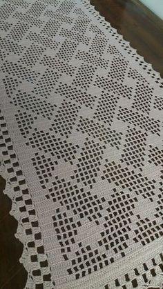 1 caminho de mesa de crochê Medidas: comprimento largura Essa medida … 1 crochet table runner Measurements: length width This measure was an order, I make the measure and color you need, price on request Crochet Patterns Filet, Crochet Table Runner Pattern, Crochet Bedspread Pattern, Crochet Quilt, Crochet Squares, Crochet Motif, Crochet Doilies, Knitting Patterns, Diy Crafts Crochet