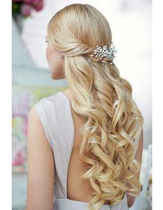 Coiffure de mariée Longueurs bouclées - Les plus jolies coiffures de mariée pour s'inspirer - Elle
