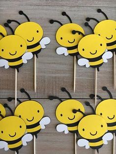 Sweet little cupcake toppers for a bee themed birthday party or baby shower. Listing includes 12 bumble bee cupcake toppers. They measure 3 high. If these are for a little girl, bows can be added and color can be customized-just let me know! ;) Cupcake toppers include backs so you