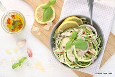 Courgette spaghetti aglio e olio - Mind Your Feed