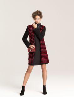 Anos 80 invadem o pre-fall da Emporio Armani - Vogue | Desfiles