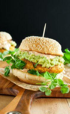 Healthy Chipotle Pumpkin Veggie Burgers :: grab life by the buns!
