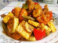 Reteta Anni: Tofu cu legume - www. Food Calorie Chart, Healthy Snacks, Healthy Recipes, Tofu, Snack Recipes, Ethnic Recipes, Diet, Health Snacks, Snack Mix Recipes