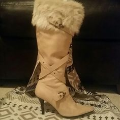Boots Nine West Nine West Creme Stylish Boots!! In Tip Top Condition! These boots are soft leather & rabbit fur at the top, these boots are definitely top of the line boots. And very comfortable! Size run a little big Im a size 7 and I wore them comfortably. Nine West Shoes