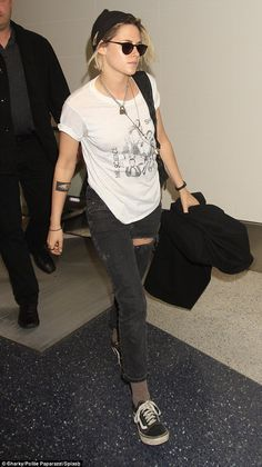994bcc8531 Kristen Stewart nails androgynous chic in a graphic T-shirt and jeans