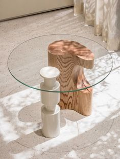Creating impressions of space and practically with sculptural furniture. Table from Le Cashmere by Labotory Photography by Yong Joon Choi… Rustic Furniture, Cool Furniture, Living Room Furniture, Furniture Design, Antique Furniture, Outdoor Furniture, Furniture Online, Furniture Buyers, Furniture Dolly