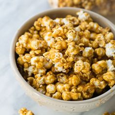 The best caramel corn! Every piece is sweet, a little salty and perfectly crispy. Easy to make!