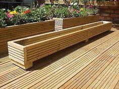 38 Wooden Porch Privacy Design for Backyard - Alles über den Garten Outside Planters, Deck Planters, Rustic Planters, Large Planters, Diy Wooden Planters, Long Planter Boxes, Raised Planter Boxes, Garden Planter Boxes, Wooden Decks