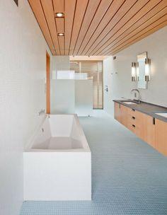 Peter Rose + Partners have designed a single family residence in Edgartown, Massachusetts.
