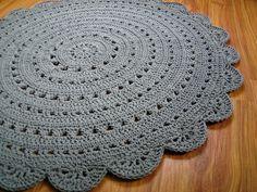 Tappeto rotondo uncinetto di CrochetFolkArt su DaWanda.com