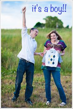 baby gender announcement idea, love the excitement from the dad. Would be fitting for Kev and I.
